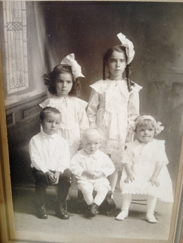 Aunt Mary and her siblings